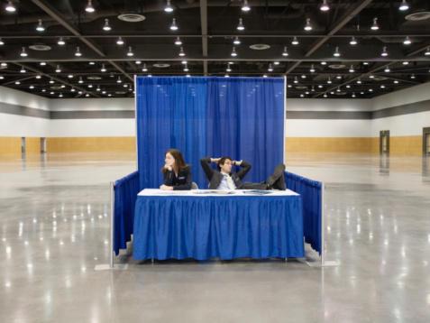 empty-trade-show-hall